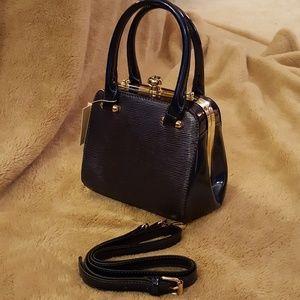BNWT, Beautiful midnight blue handbag
